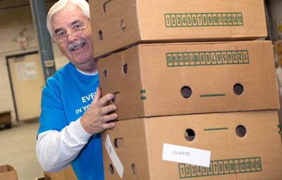 foodbank-volunteer