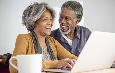 older-couple-laptop